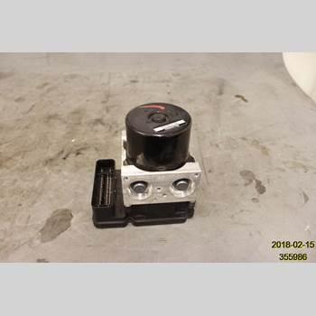 VOLVO V60 11-13 V60 D3 2012 31329138