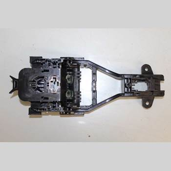 VOLVO V60 14-18 VOLVO V60 D4 AWD MOMENTUM 2015 31440084