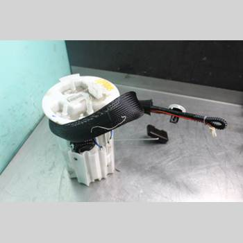 Bränslepump El VOLVO V60 14-18 2.0D D3 Diesel Kombi 136Hk 2015 31372892