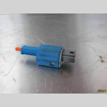 Bromsljuskontakt RENAULT MEGANE III 09-15 RENAULT Z 2010 253253287R