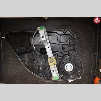 VOLVO V60 11-13 VOLVO F + V60 2011 30784313