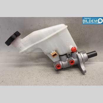 Bromsar Huvudcylinder KIA CEE´D 12-18 1,6 CRDI. KIA CEÉD 2013 58510A5200