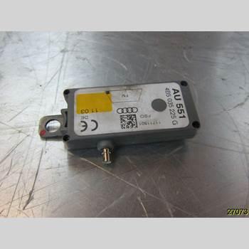 Antennförstärkare AUDI A6/S6     97-05 AUDI A6 1,8T QUATTRO 2003 4B5035225G