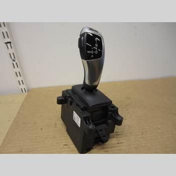 BMW 5 F10/F11/F18 09-17 550i 2011 61317950390