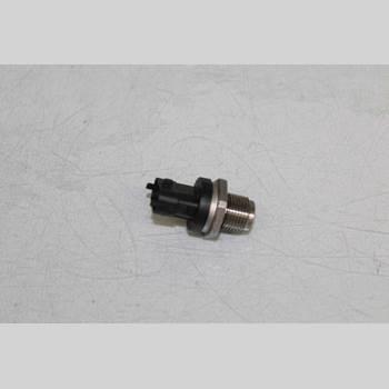 VOLVO S80 07-13 S80 AUT MOMENTUM D5 158KW AWD 2012 30787950