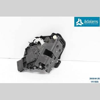 Centrallåsmotor Höger VOLVO XC70 08-13 01 XC70 2010 31253919