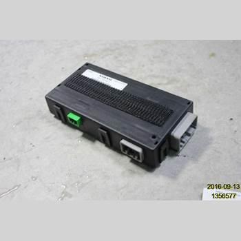 VOLVO XC60 09-13  2009 30744321