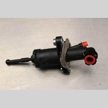Kopplingscylinder Huvud VW POLO 10-17 1.4i Kombi-sedan 86HK 2010 8R0721398
