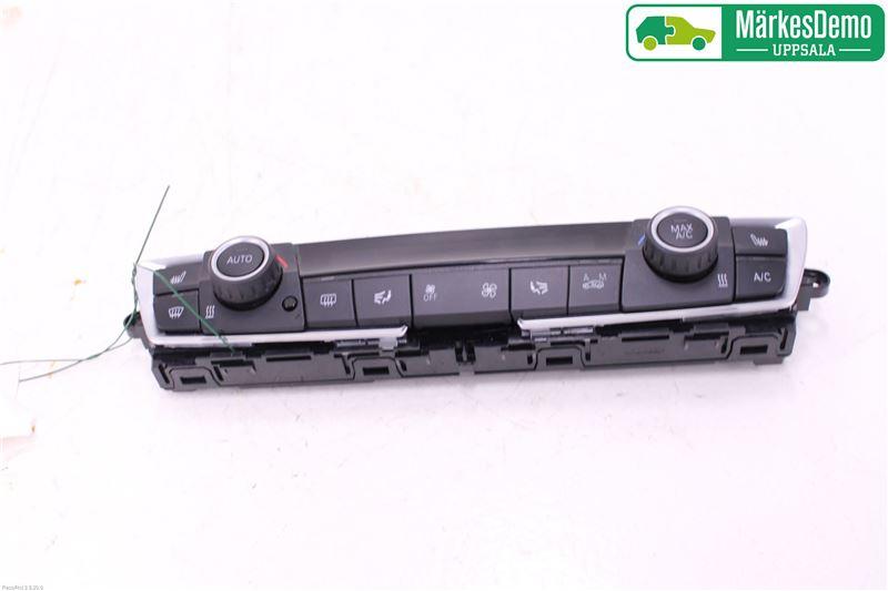 AC Styrenhet AC Manöverenhet till BMW 3 F30/F31/F80 2012-2019 B 64119354146 (0)