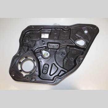 VOLVO V60 14-18 V60 D4 2,0 133KW AUT 2WD 2015 30784309
