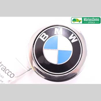 BAKLUCKEHANDTAG BMW 1 F20/F21 11-19 BMW 118D M-SPORT 2013 51247248535