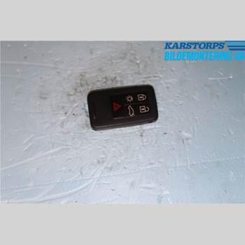 VOLVO V60 14-18 1,6 T3 KINETIC 2014 30659637