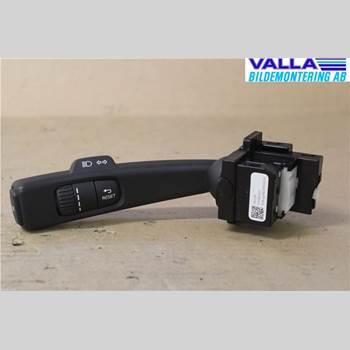 VOLVO V60 14-18 1,6D D2 KINETIC ECO 2014 31456045