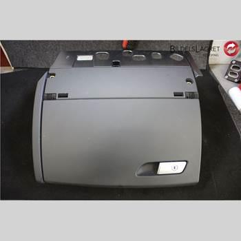 HANDSKFACK Audi A6-s6     12- 2012 4G18571046PS