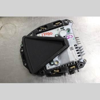 Parkeringshjälp Kamera TESLA MODEL S 13- 90D 2016 103848290N