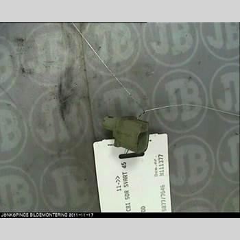 VOLVO V60 11-13  V60 1,6D 2012 30793636