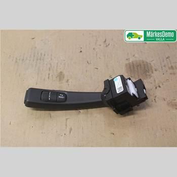 VOLVO V40 12- T2 1,6T 2WD KINETIC 2014 31394001