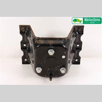 Hållare för Reservhjul PAJERO 4D 3,2DI-D COMBI AWD 2014 MR436000