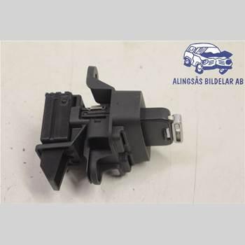 VOLVO V60 11-13 5DCBI D5204T3 AUT SER ABS 2012 31252952