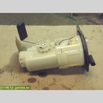 Bränslepump El TOYOTA YARIS VERSO  00-05 5VX,4D,1,3  VERSO LBLÅ 2002
