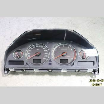 Hastighets Mätare VOLVO XC90     03-06 XC90 V8 AWD 2005 36002766