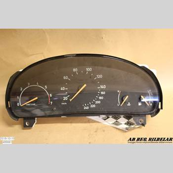 INSTRUMENT HAST SAAB 9-5 -05 2,0T SE 1999