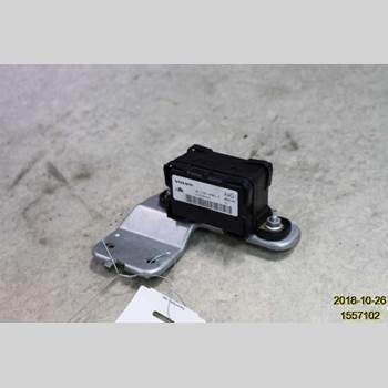 ABS Sensor VOLVO XC70 05-07 01 XC70 2006 30773379