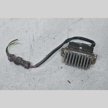 AUDI A6/S6     95-97 A6 1995 5DS006455-02