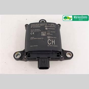 Sensor Aktivt Kollisionsskydd TOYOTA C-HR TOYOTA C-HR 5D 1,8 HYBRID 2018 88162F4010