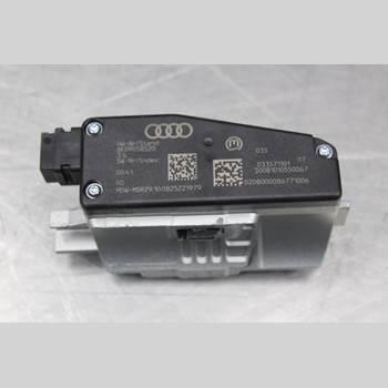 AUDI A4/S4 08-11 2.0TDi Diesel Avant 170HK 2009 8K0905852D