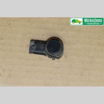 VOLVO V60 11-13 1 PASSAT 2011 31341344