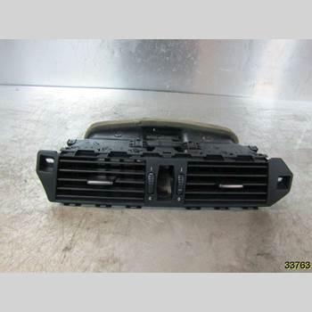 Defrosterkanal/Munstycke BMW 5 E60/61 Sed/Tou 02-10 BMW 523I SEDAN 2006 64226953618