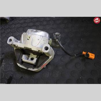 Motorkudde AUDI A8/S8 4H 10-17 Audi A8-s8 4h  10- 2016 4G0199381LC