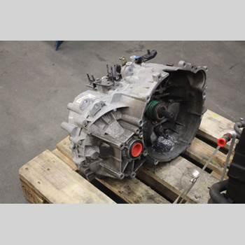 VOLVO S40/V40    96-04 2,0 TURBO 2001 30616071