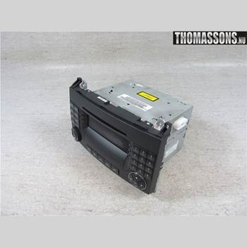 RADIO CD/MULTIMEDIAPANEL MB A-Klass (W169) 04-12 BENZ A180CDI 2006 A1698704889