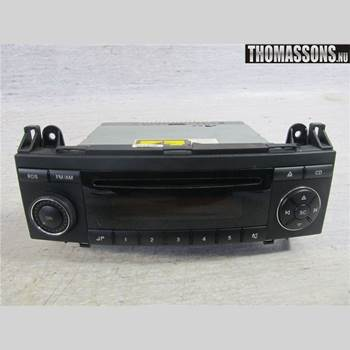 RADIO CD/MULTIMEDIAPANEL MB A-Klass (W169) 04-12 MERCEDES A 5D CLASSIC 2005 A1698200486