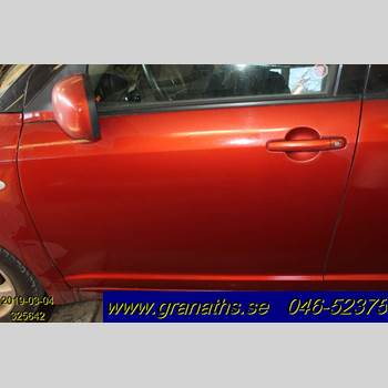 DÖRR FRAM VÄNSTER SUZUKI SWIFT    05-10 SUZUKI SWIFT MT 2007