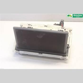 Bildskärm AUDI A3/S4 (8V) 13-20 2,0 TDI.AUDI A3 SPORTBACK 2013 8V0857273M
