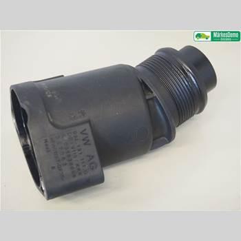 AUDI Q5 09-16 2,0 TDI. AUDI Q5 2012 03L131111G