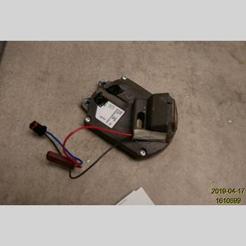 VOLVO V70 08-13  2008 31385999