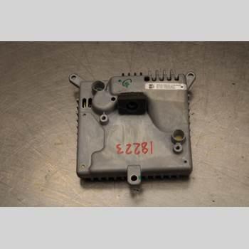 Parkeringshjälp Kamera TESLA MODEL S 13- Model S P85D AWD 2015 103848299G