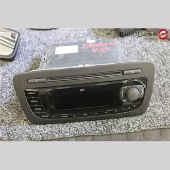 RADIO CD/MULTIMEDIAPANEL SEAT IBIZA IV 08-16 Seat Ibiza Iv 08-16 2012 6J1 035 153 G