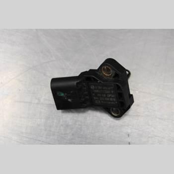 VW CADDY 11-15 1.6TDi Diesel Skåp 75HK 2015 03G906051E
