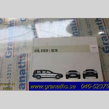 INSTRUKTIONSBOK VOLVO V70      00-04 VOLVO S + V70 2004