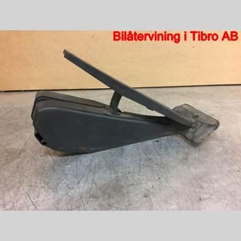 Gaspedal BMW 1 E87/81 5D/3D 03-11 BMW 118D 2008