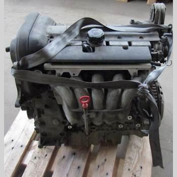 Motor Bensin Volvo V70      05-08 VOLVO S + V70 2005 36050387