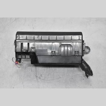 Säkringsdosa/Elcentral MITSUBISHI L200 06-15 L200 DC 2011