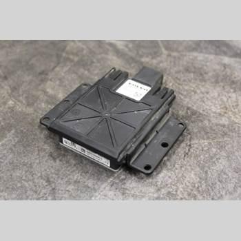 Sensor Aktivt Kollisionsskydd VOLVO V60 CROSS COUNTRY 2016-2018 2,0 D3 D4204T4 2018 31687597