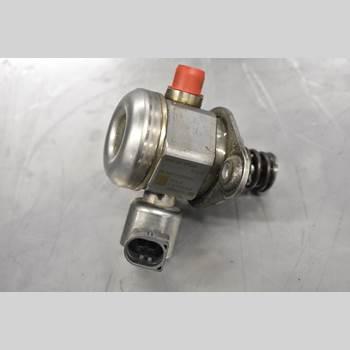 Bränslepump Mekanisk X6 M 2010 13 51 7 595 339