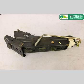 Domkraft VOLVO S80      99-03 VOLVO S80 (I) 2002 30639830